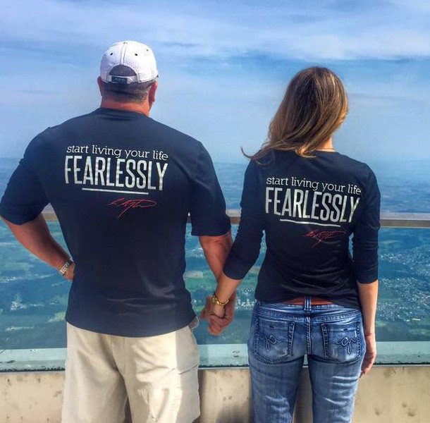 Live Fearlessly Short-Sleeve Shirt